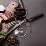 """Thịt bò và rượu vang – Cặp đôi """"Quý Tộc"""" không thể tách rời"""
